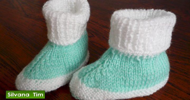 Como tejer Escarpines dos colores / Zapatitos para Bebe a Dos Agujas / silvana tim  knitting # 367